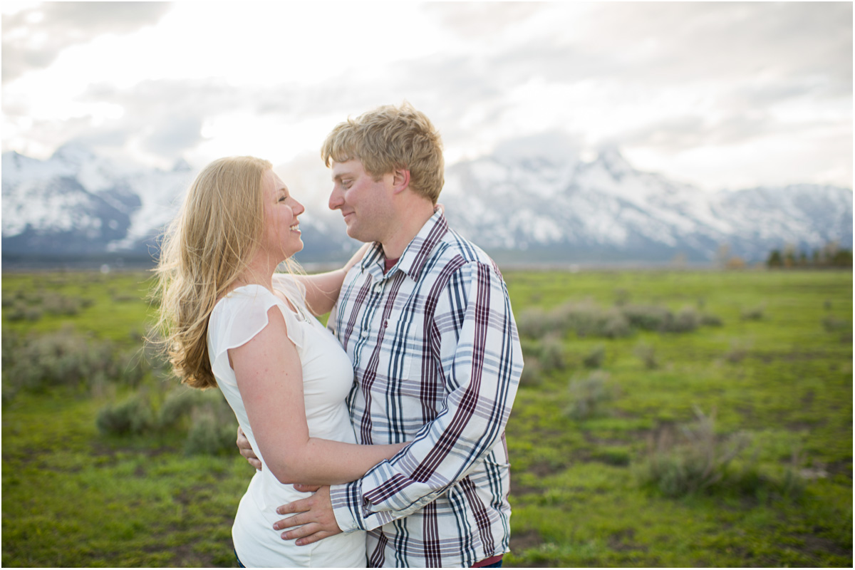 Teton Picnic Engagement 10