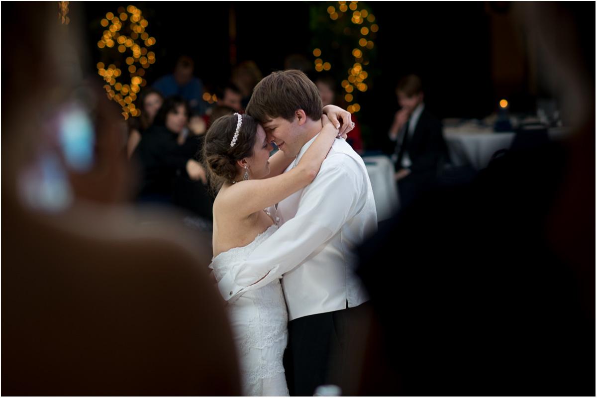 Leavenworth Heritage Center Winter Wedding | Kansas City Wedding Photographers