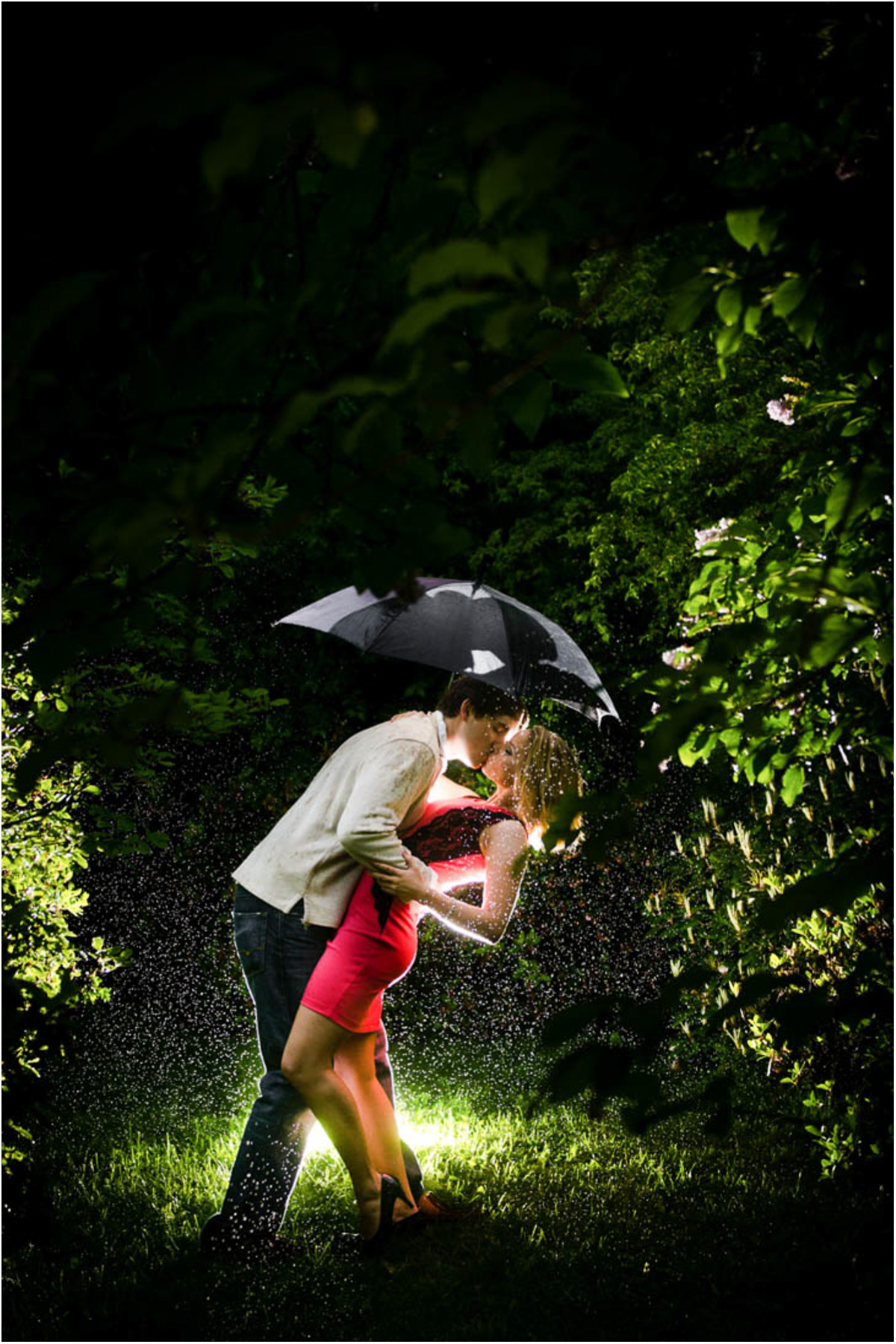 Seattle Wedding Photographers Rainy Engagement Session