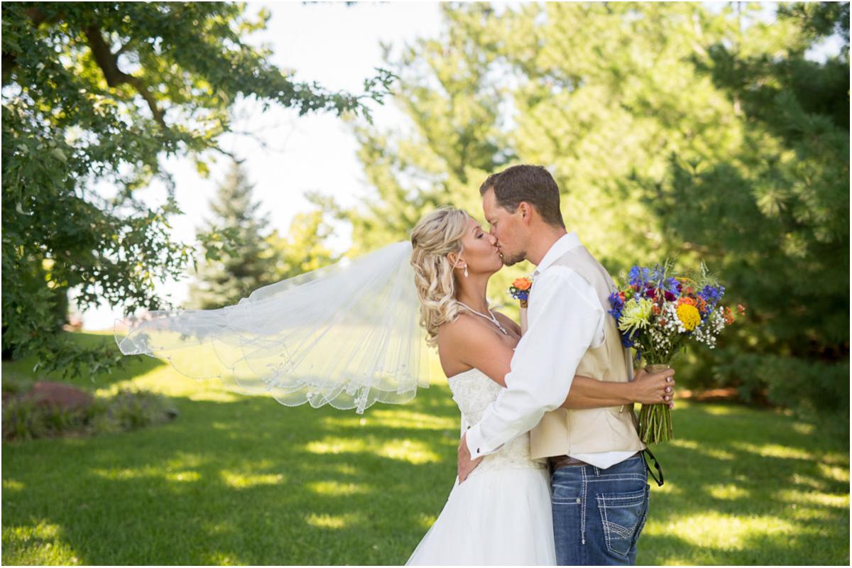 Renyers Pumpkin Farm Wedding Sneak Peek | Seattle Wedding Photographers
