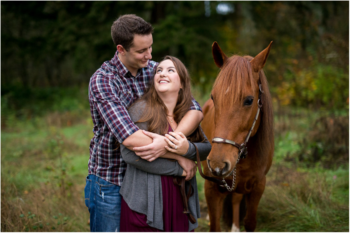Seattle Wedding Photographers Kent Sunrise Engagement with Horse