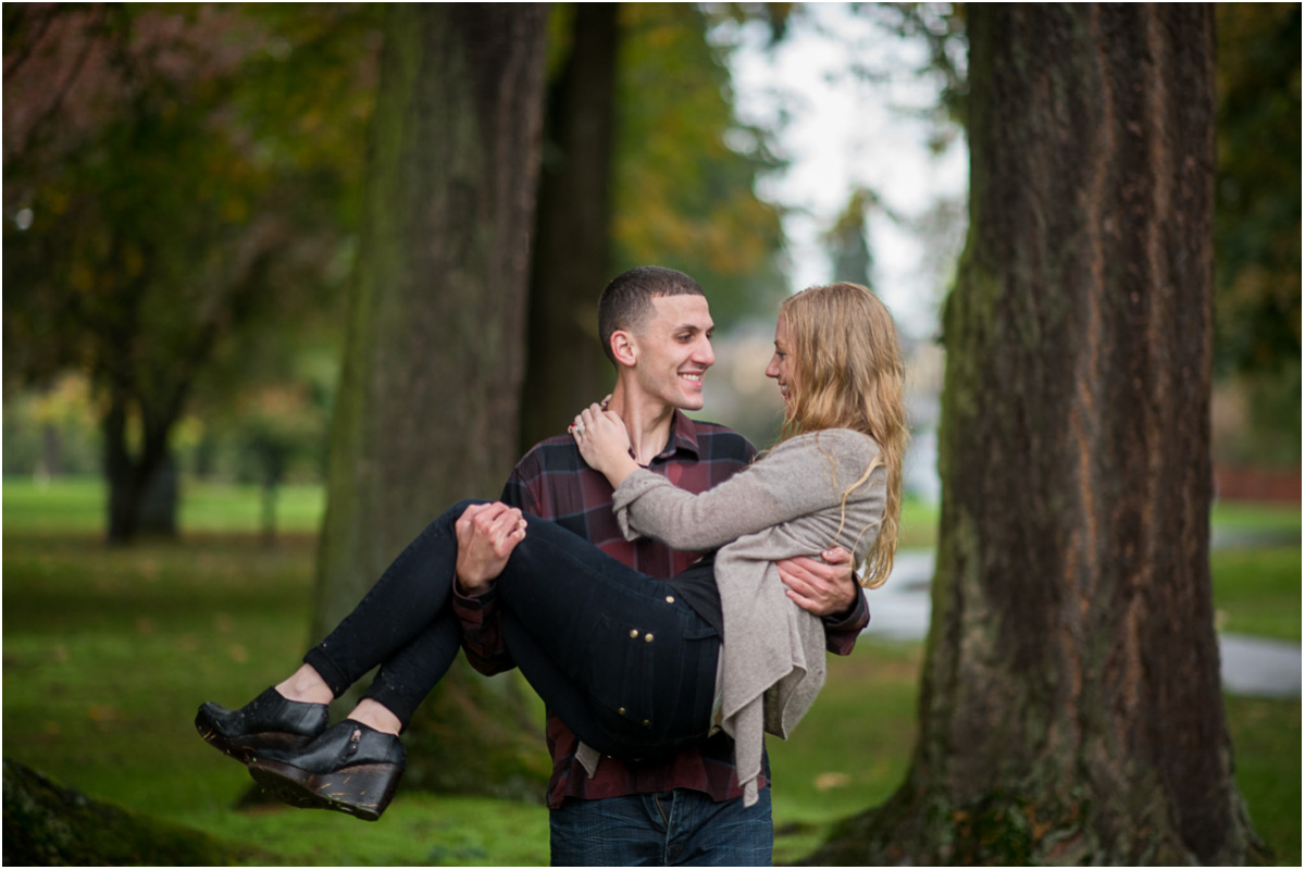 Seattle Wedding Photographers Rainy Marymoor Park Engagement Bellevue