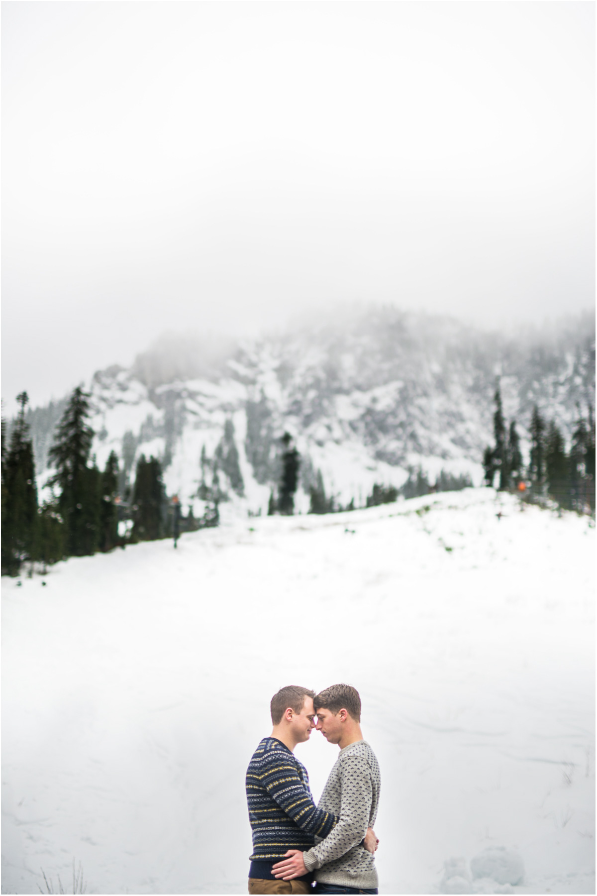 Washington snoqualmie ski mountain enagagement Snoqualmie Wedding Photographer