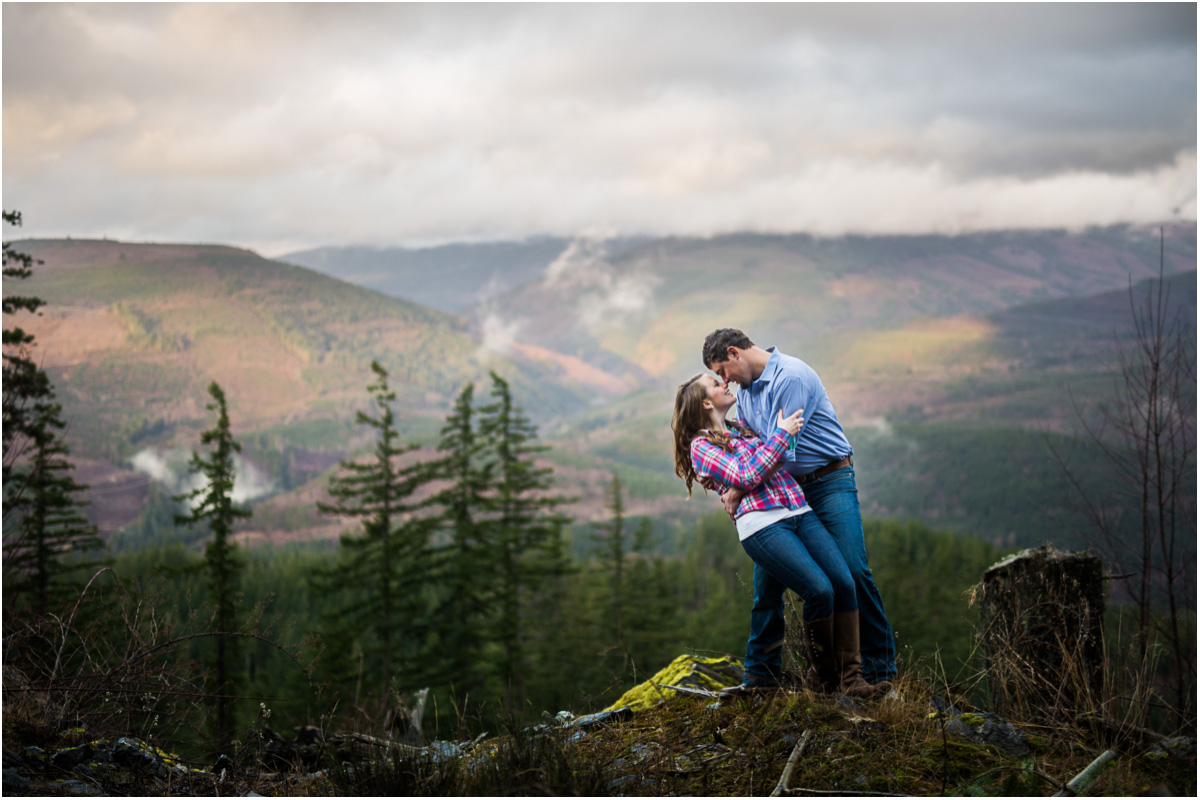bow-washington-photographers-mountain-engagement-session