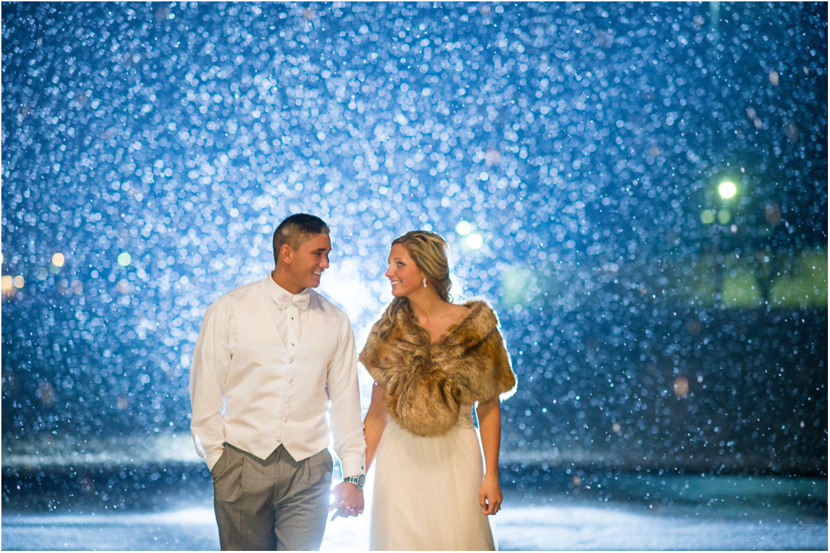 bride and groom walking in snow Seattle Wedding Photographers Salt and Pine Photography