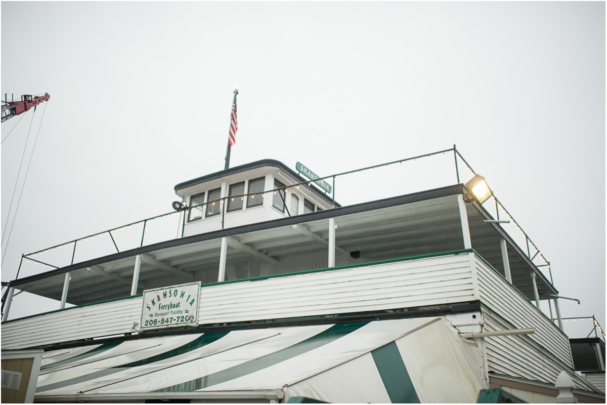 mv-skansonia-seattle-ferry-wedding-venue