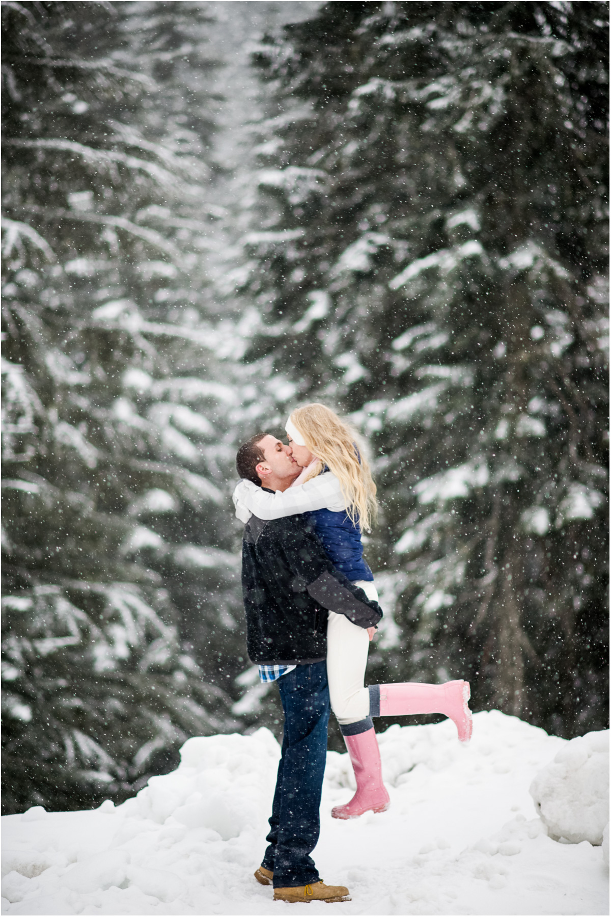 romantic couples pose snowy winter engagement Seattle Wedding Photographer Salt and Pine Photography