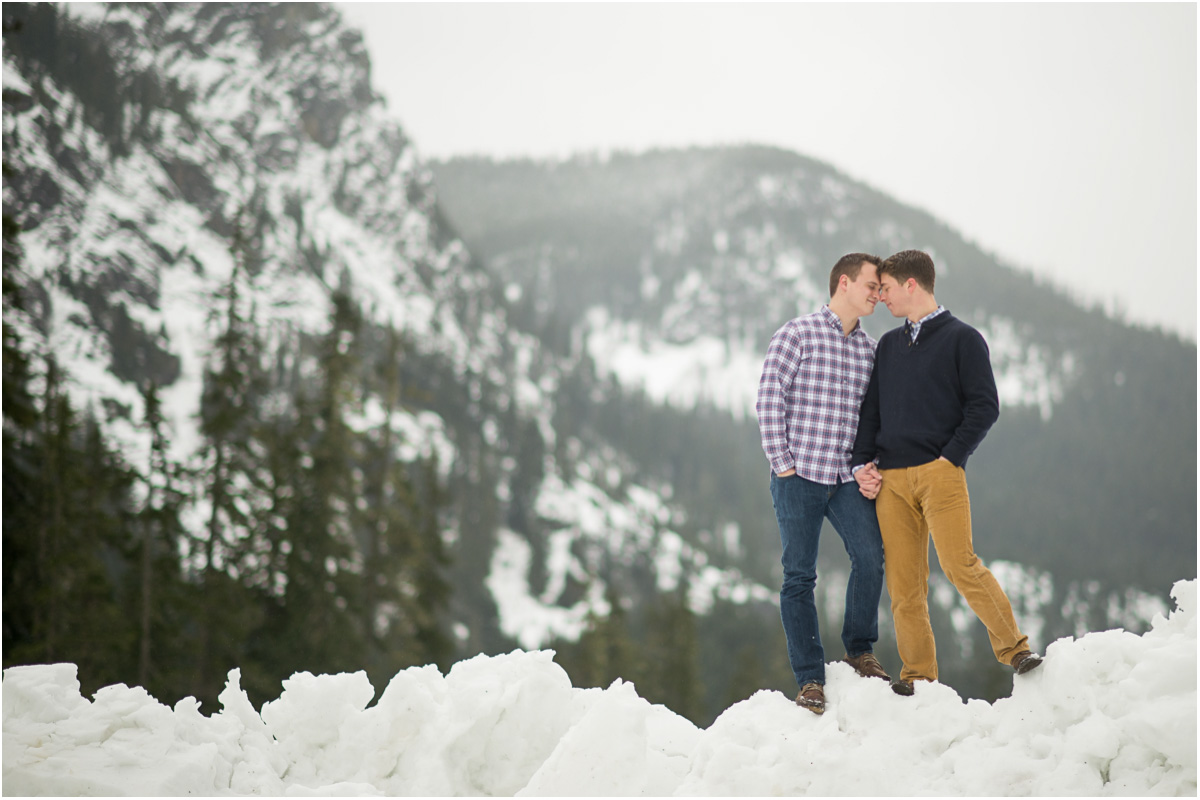 winter engagement in mountains Seattle Wedding Photographer Salt and Pine Photography