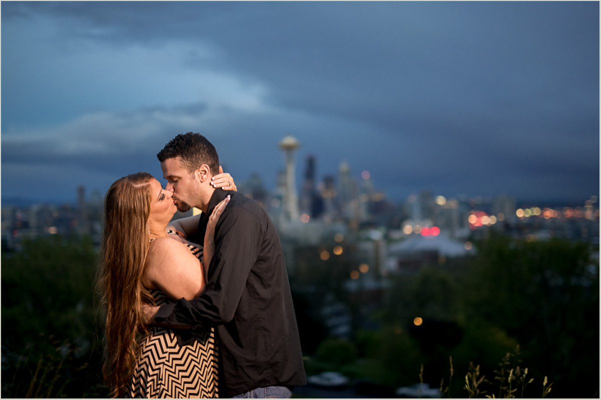 Kerry Park City Skyline Seattle Engagement Session