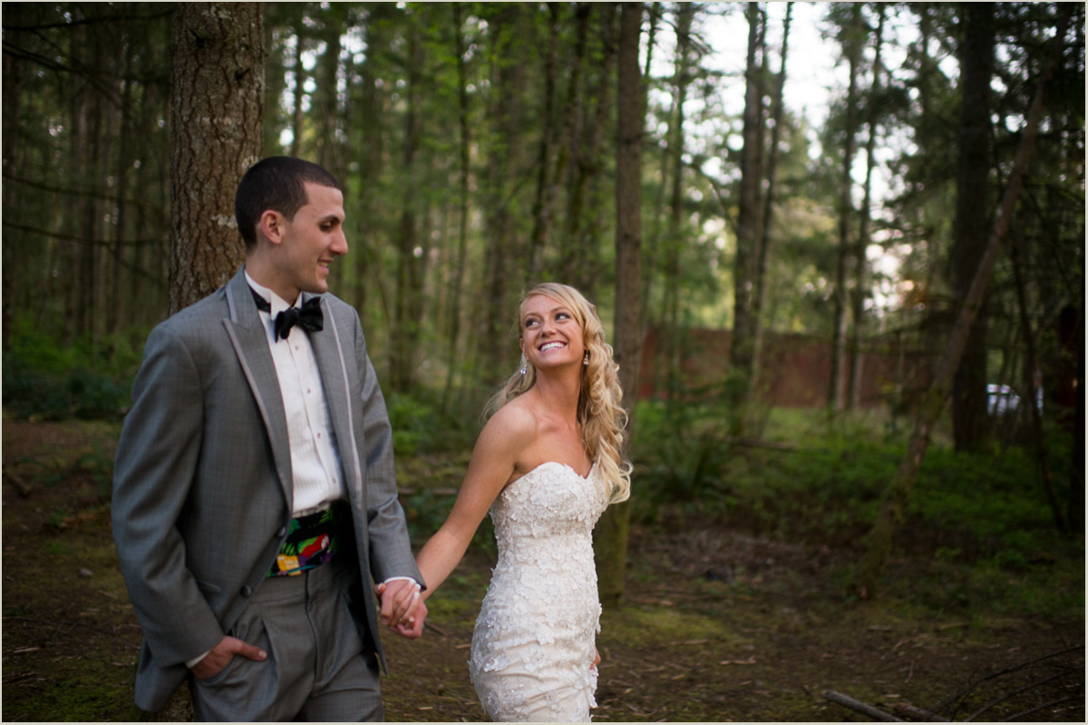 Woodsy Washington Wedding Photographers