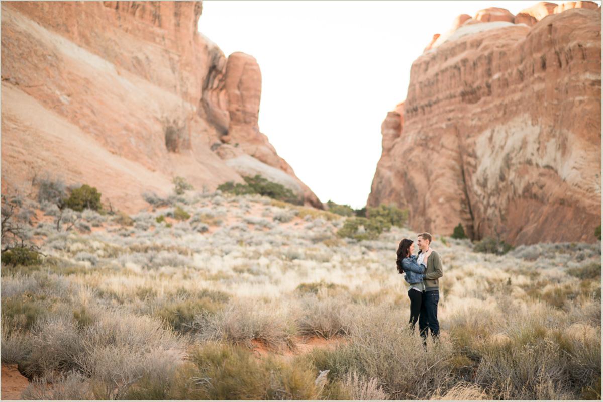 moab utah engagement photographer
