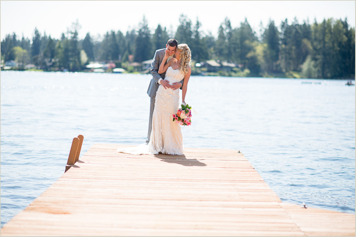 Lake Sawyer Black Diamond Wedding Seattle Wedding Photographers
