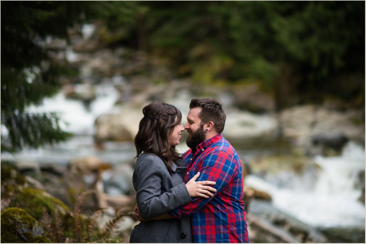 Outdoorsy Washington Wedding Photographers