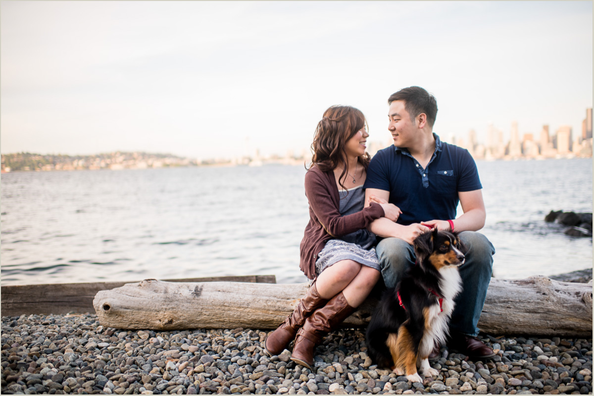 Seattle Engagement Photos with dogs