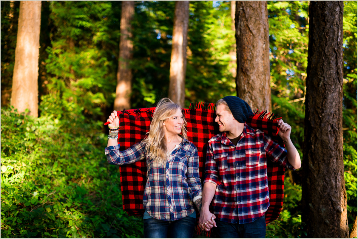 Washington adventure engagement photography