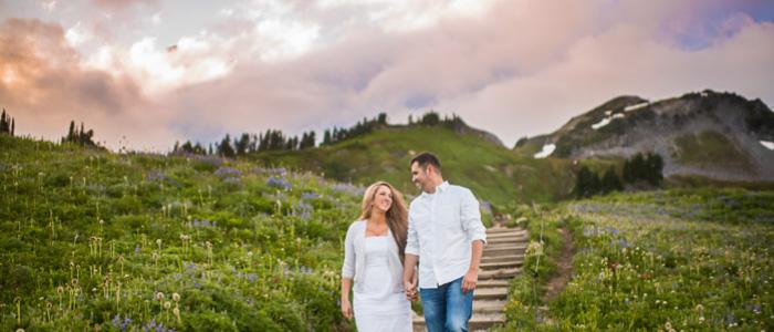 Mount Rainier Engagement Photos   Seattle Wedding Photographers