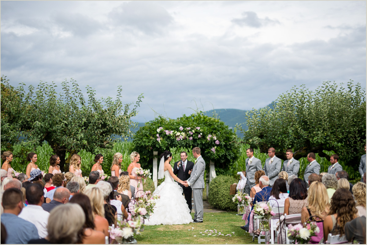 Maplehurst Farm Wedding Mount Vernon Wedding Venue