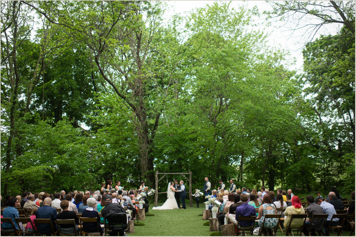 Outdoor Wedding Ceremony Venue In Kansas City