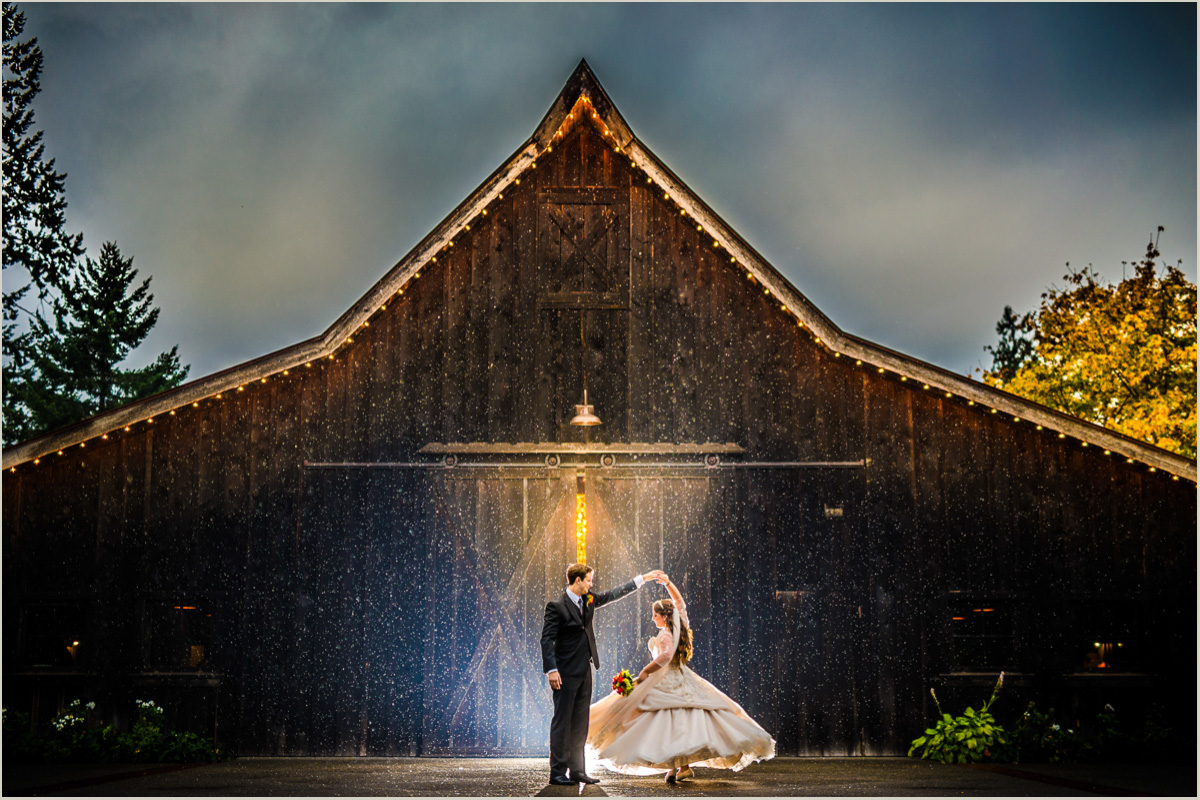 Rainy Wedding Photos at The Kelley Farm in Bonney Lake