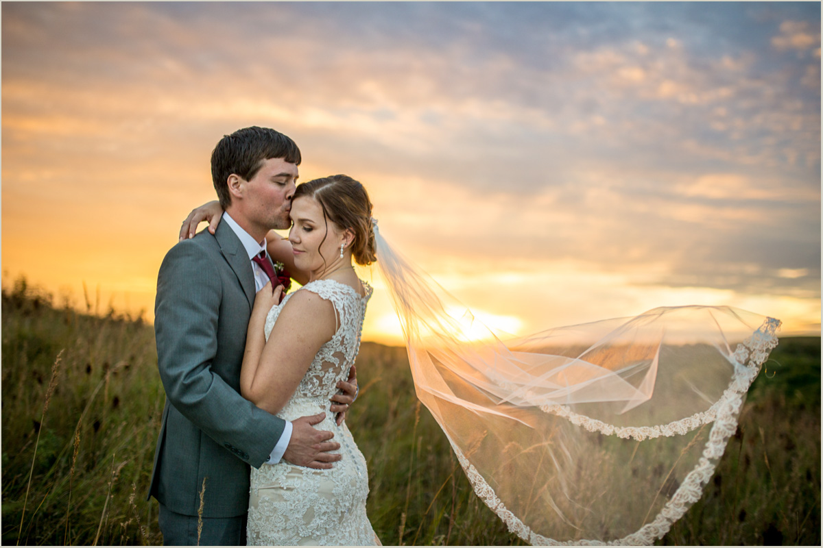 Romantic Sunset Wedding Photos