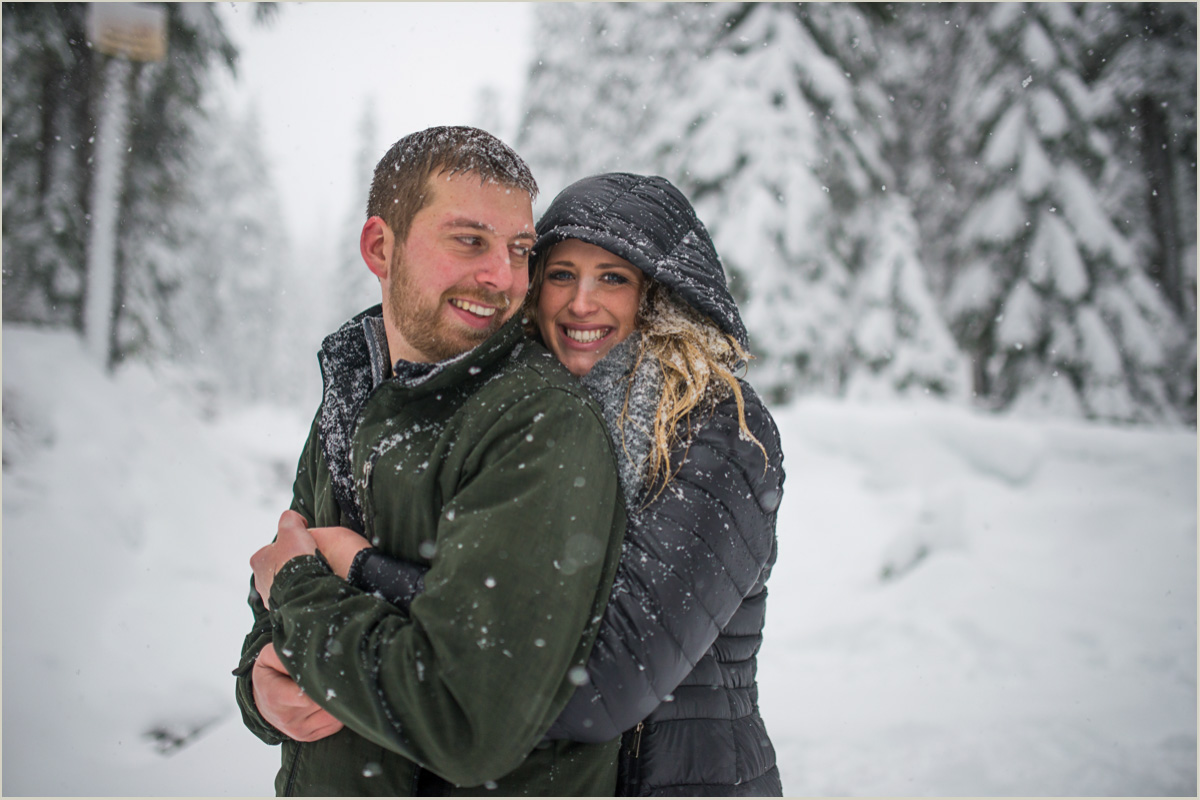 Cascade Mountains Engagement Photos in the Snow