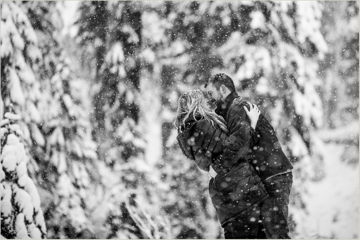 Winter Couples Photos in Seattle