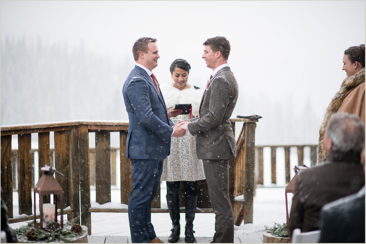Snow during winter wedding ceremony in telluride colorado