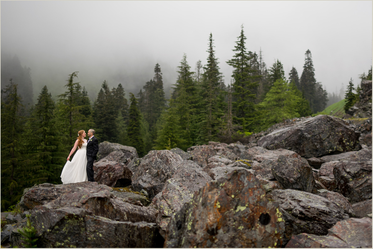Adventurous Wedding Photos on a Mountain in Washington