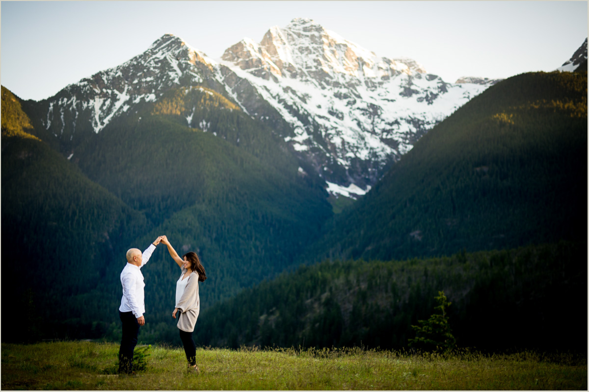 Mountain Engagement Photos in Washington