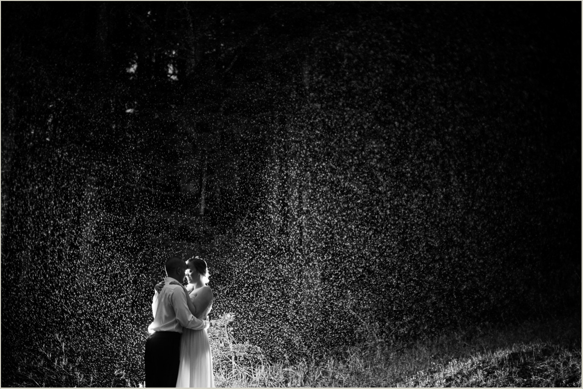 Seattle Wedding Photos in the Rain