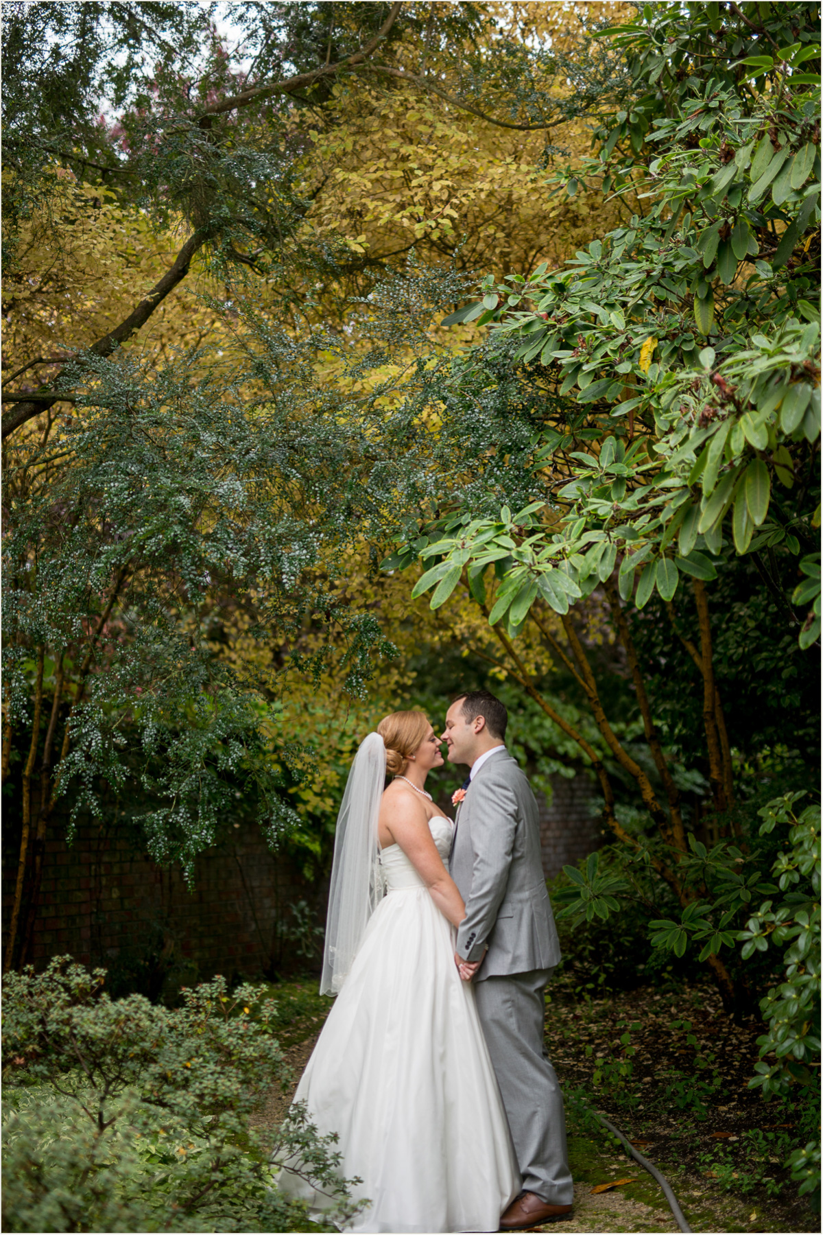 October wedding in Seattle