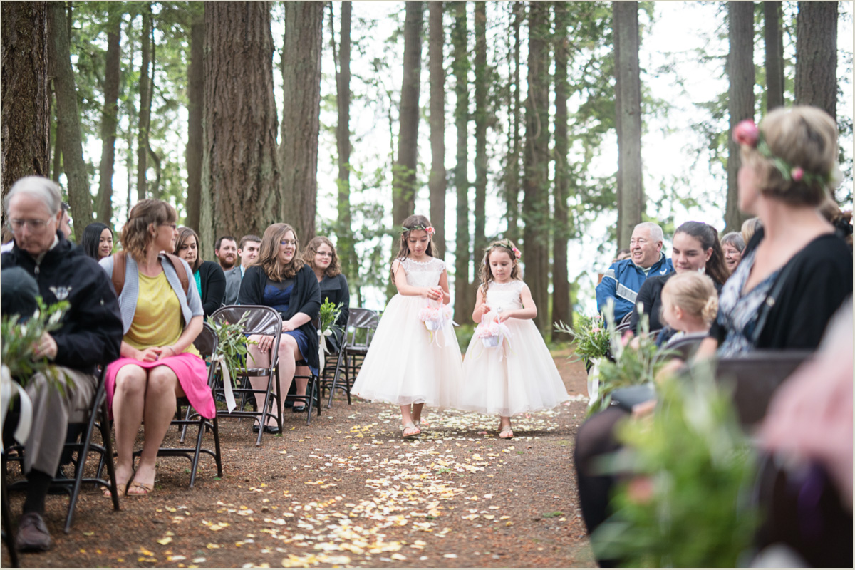 Outdoor Wedding Venues Washington State: Kitsap Memorial State Park Wedding