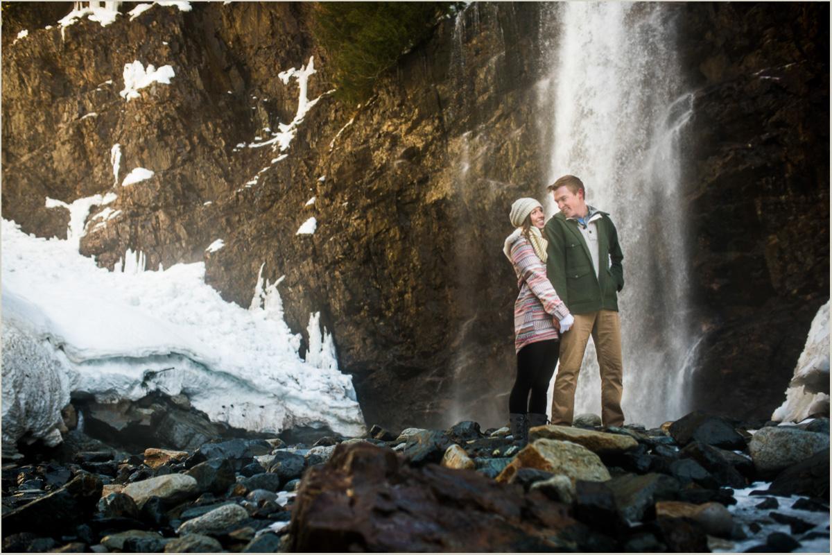 adventurous-washington-engagement-photo-locations