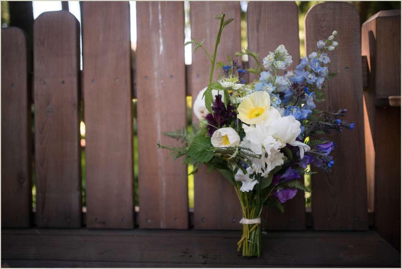 alpine-wildflower-wedding-bouquet