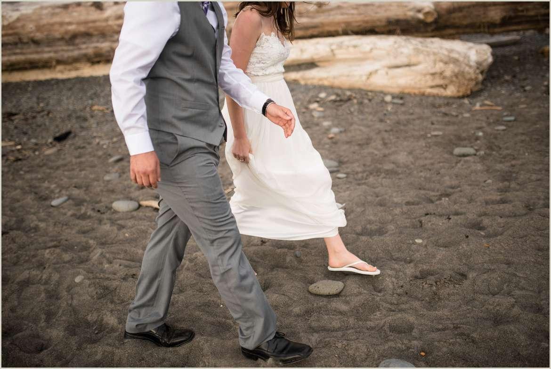 candid-wedding-day-photos
