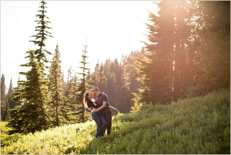 engagement-photos-at-mount-rainier