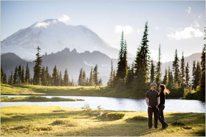 mount-rainier-engagement-photos
