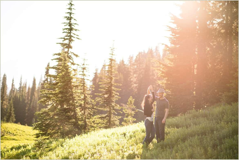 mountain-sunset-engagement-photos