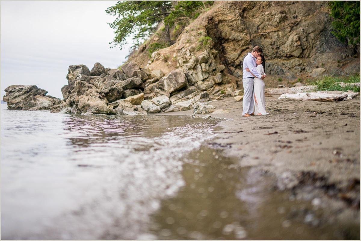 Northwest Coast Engagement Photos | Seattle Wedding Photographers
