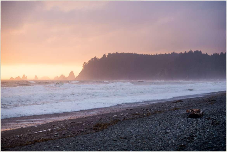 sea-stacks-on-the-pacific-northwest-coast