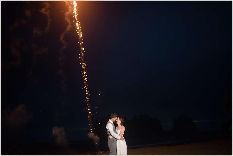 wedding-photos-with-fireworks