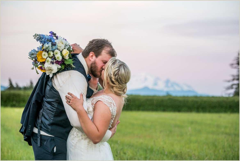 Wildflower Inspired Wedding at Evergreen Gardens in Ferndale Washington