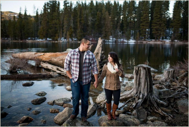 Winter Lake Wenatchee Engagement Photos   Seattle Wedding Photographers