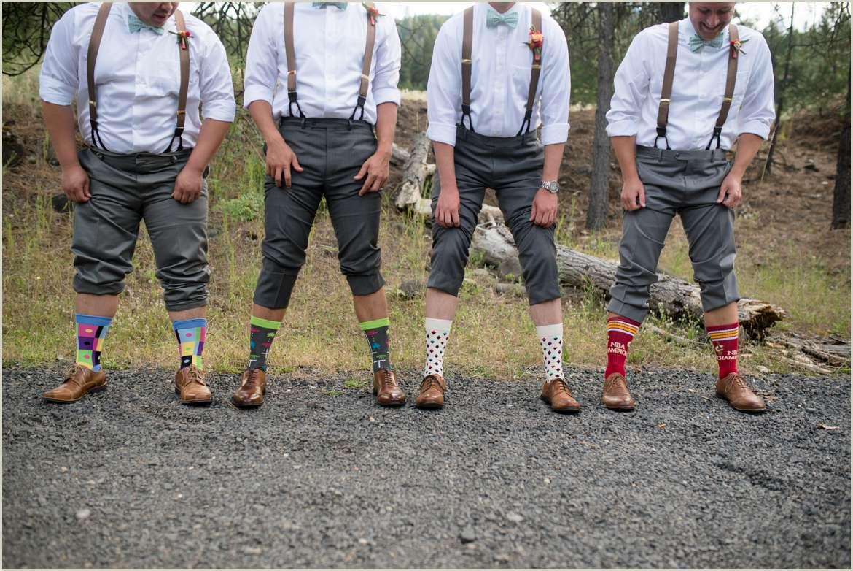 groomsmen-wearing-cool-socks
