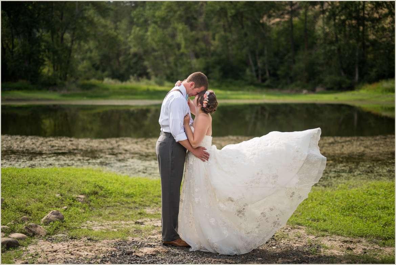 romantic-wedding-in-orofino-idaho