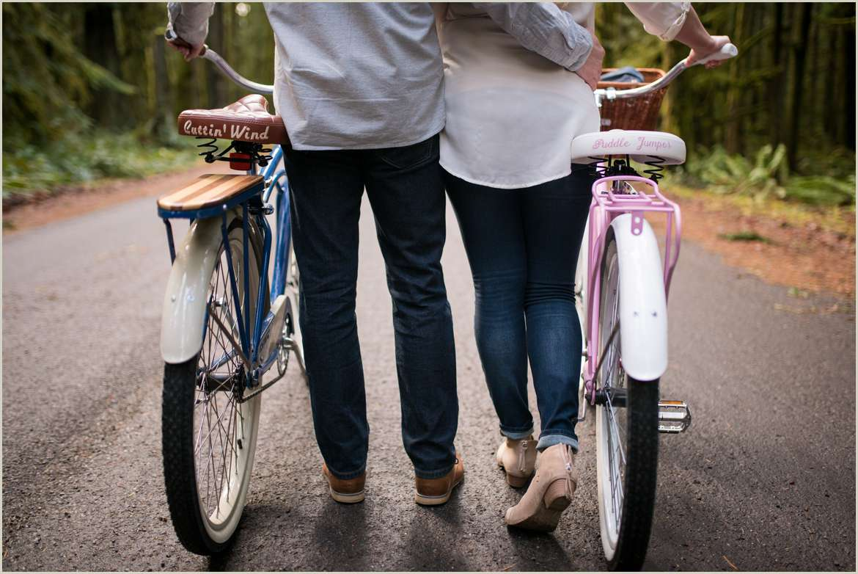 custom vintage bicycle engagement session