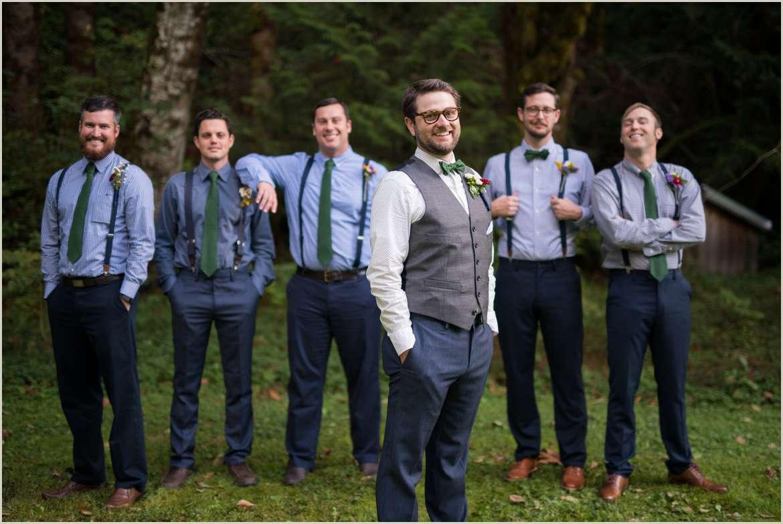 groomsmen in blue shirts