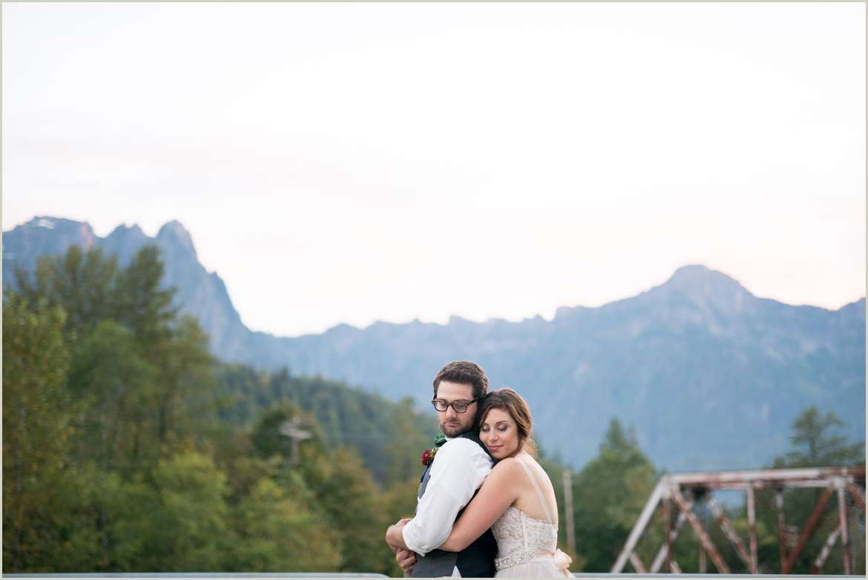 mount index wedding