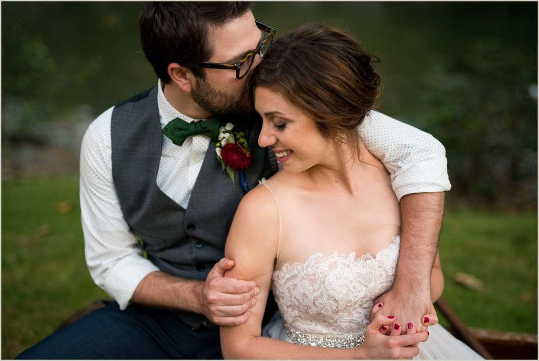 romantic wedding photos for adventurous couples