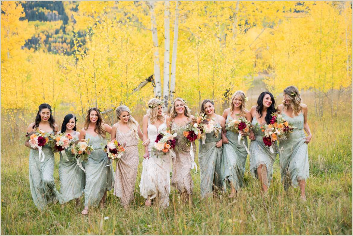mint and gold fall wedding colors